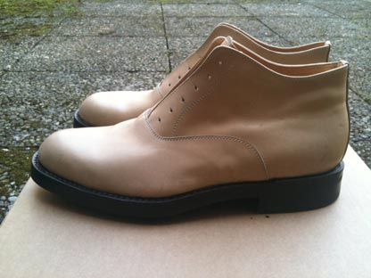 DANDY SHOE CARE - handcrafted coloring of footwear and leather items